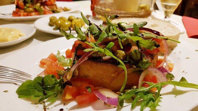 Vegetables Food Lunch Restaurant  - kundenheld / Pixabay